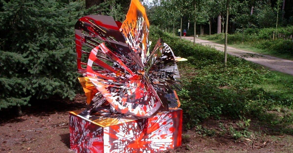 Peter Rogiers, zonder titel, staal, spuitverf (2004) Lustwarande Disorientation, Tilburg